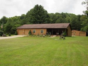 独户住宅 为 销售 在 9031 Slip New Straitsville, 俄亥俄州 43766 美国