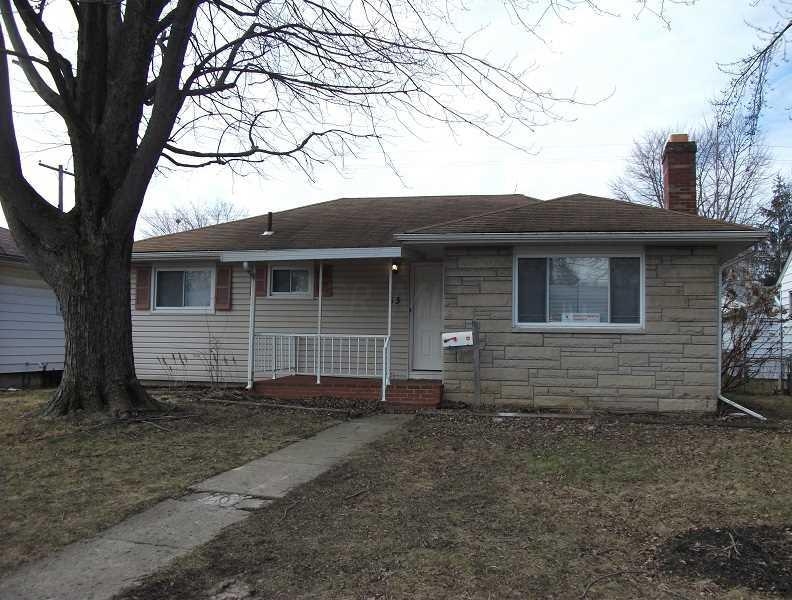 Photo of home for sale at 53 Fernhill Avenue, Columbus OH