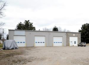 Commercial for Sale at 400 Hopewell 400 Hopewell Gratiot, Ohio 43740 United States