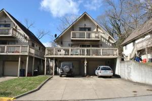 Single Family Home for Sale at 47 1ST 47 1ST Athens, Ohio 45701 United States