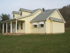 独户住宅 为 销售 在 6927 US Rt 50 Bainbridge, 俄亥俄州 45612 美国