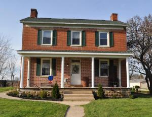 7107 State Route 180, Kingston, OH 45644