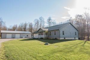 11121 North Street Road, Utica, OH 43080