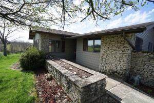 10270 Kiousville-Palestine Road, Mount Sterling, OH 43143