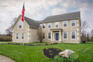 2855 Langly Court, Blacklick, OH 43004