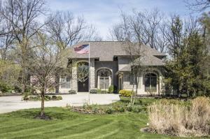1736 White Oak Drive, Delaware, OH 43015