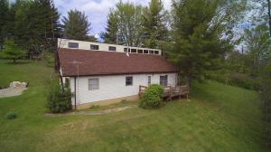 2730 Lake Road SE, Lancaster, OH 43130