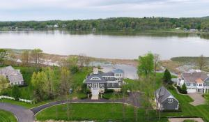 9800 Heron Drive, Thornville, OH 43076