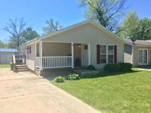 360 Highland Avenue, Buckeye Lake, OH 43008
