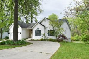 独户住宅 为 销售 在 531 Basil Baltimore, 俄亥俄州 43105 美国