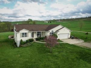 1400 Sunflower Road, New Concord, OH 43762