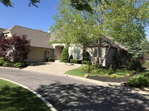 10300 Abbottshire Village Place, Powell, OH 43065