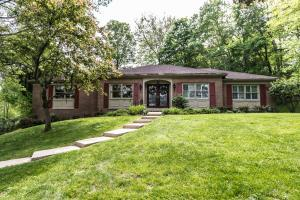 1155 Wooded Drive NE, Lancaster, OH 43130