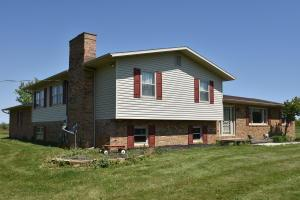 独户住宅 为 销售 在 12600 State Road 62 Mount Sterling, 俄亥俄州 43143 美国