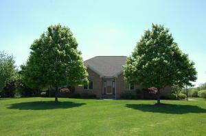 8965 Oak Ridge Lane, Plain City, OH 43064