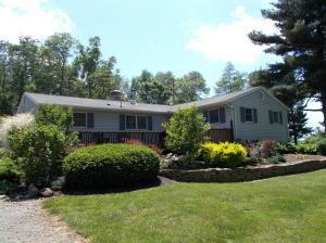12042 Lakefront Drive, Hillsboro, OH 45133