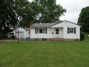 145 Riverview Drive, Newark, OH 43055
