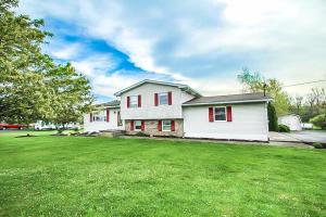 7655 State Route 38 SE, London, OH 43140