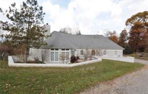 295 Cobble Pond Road, Zanesville, OH 43701