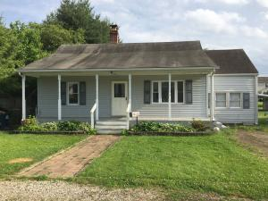 939 Lawnview Avenue, Newark, OH 43055
