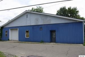 Commercial for Sale at 7 Cherry 7 Cherry Centerburg, Ohio 43011 United States