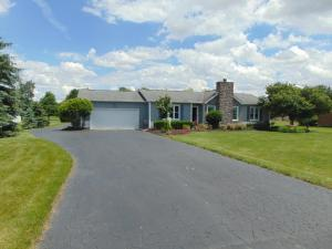 4409 Summit Road SW, Pataskala, OH 43062