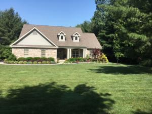 Single Family Home for Sale at 101 Pine Hills Johnstown, Ohio 43031 United States