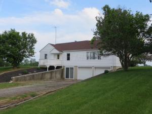 5025 Geiger Road NE, Pleasantville, OH 43148