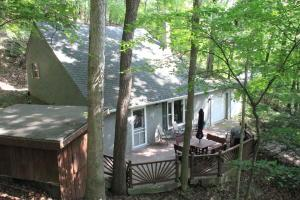 Single Family Home for Sale at 3 Hide-A-Way Hide Away Hills, Ohio 43107 United States