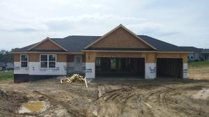 5005 Glenwood Drive, Nashport, OH 43830