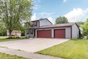 Property for sale at 7093 Blackoak Drive, Reynoldsburg,  OH 43068
