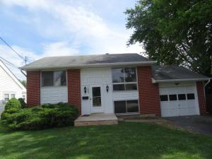 1605 Hillcrest Avenue, Obetz, OH 43207