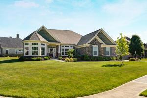 7184 Maple Leaf Circle S, Blacklick, OH 43004