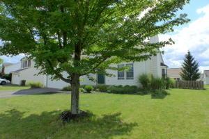 555 Allis Place E, Reynoldsburg, OH 43068