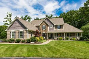 Casa Unifamiliar por un Venta en 6765 Fall Brook Delaware, Ohio 43015 Estados Unidos