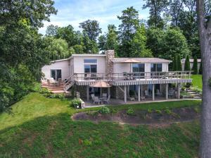 560 AVON Place SE, Thornville, OH 43076
