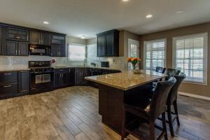 6074 Congressional Drive, Westerville, OH 43082