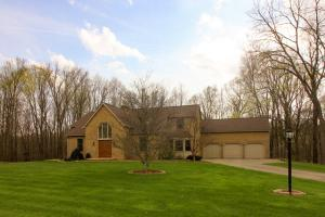 4428 Hastings Newville Road, Bellville, OH 44813