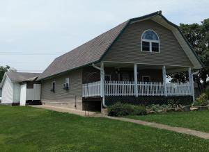Single Family Home for Sale at 8185 East 8185 East Adamsville, Ohio 43802 United States
