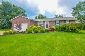 562 Knoll Drive, Granville, OH 43023