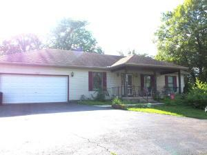 1493 S Burnett Road, Springfield, OH 45505