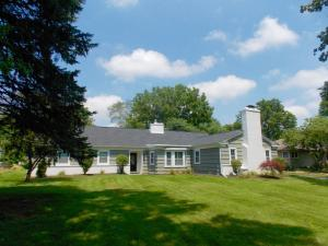 Property for sale at 1044 Beechview S Drive, Worthington,  OH 43085