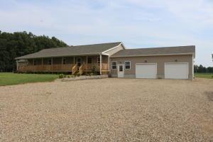 独户住宅 为 销售 在 23250 Deal Gambier, 俄亥俄州 43022 美国