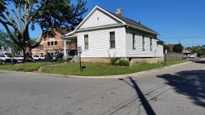 4037 Arbutus Avenue, Grove City, OH 43123