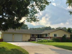 857 Country Club Drive, Newark, OH 43055
