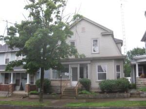 独户住宅 为 销售 在 35 Main Mechanicsburg, 俄亥俄州 43044 美国