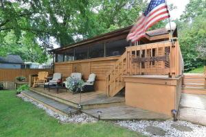 10199 S River Road, Mcconnelsville, OH 43756