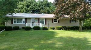 27600 County Road 24, Warsaw, OH 43844