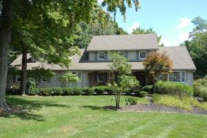 1760 Innsbrook Lane, Zanesville, OH 43701