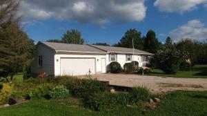 8944 Ashley Road, Ashley, OH 43003